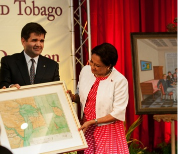 Hand-over ceremony of the first set of historical manuscripts from the General Archive of the Indies (the Honourable Prime Minister of the Republic of Trinidad and Tobago, Mrs. Kamla Persad-Bissessar, and the Ambassador of Spain to Trinidad and Tobago, HE Joaquín de Arístegui. October 2012).